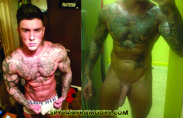 Model Andrew England posted naked selfies ...