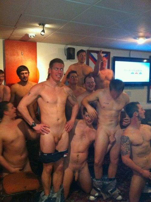 naked sport guys lockerroom – Spycamfromguys, hidden cams ...