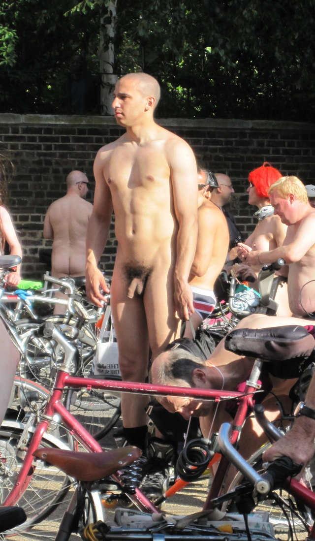 Male public nudity at the world naked bike ride ...